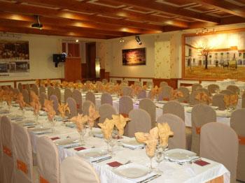 RESTAURANTE HOTEL AROS
